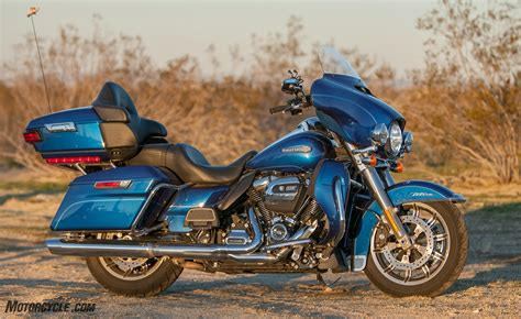 Harley Davidson Road Glide Ultra Image by 2017 Harley Davidson Electra Glide Ultra Classic Vs Road