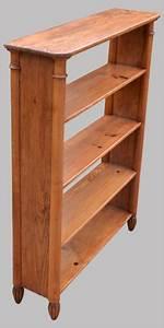 Petite Etagere Bois : petite etagere en bois sur pieds ~ Teatrodelosmanantiales.com Idées de Décoration