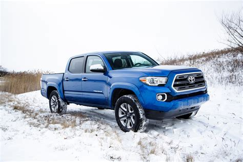 2018 Toyota Tacoma First Look Motor Trend