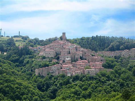 Castelnuovo di Val di Cecina - Wikipedia