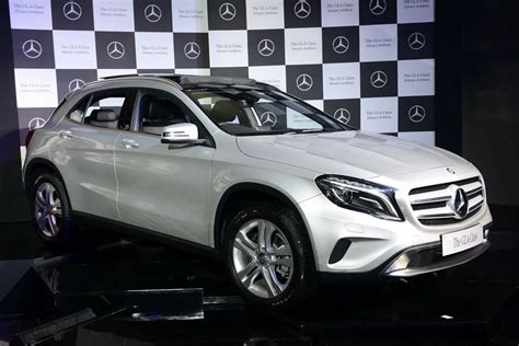 Tag heuer mercedes benz slr edition only used for 1 month chronograph, date, time, seconds, stop watch, everything is working and every dial is working. Mercedes GLA-Class launched in India at Rs 32.75 lakh; to compete with Audi Q3 and BMW X1
