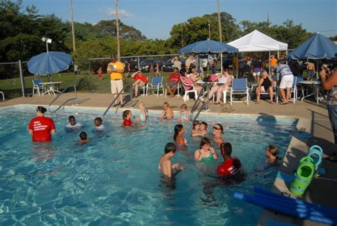 Comptroller Says County Needs A Public Pool