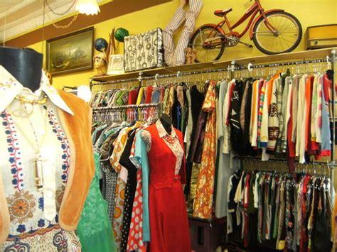 vintage dresses history