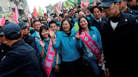 US steps up support of Taiwan in open rebuke to China ...