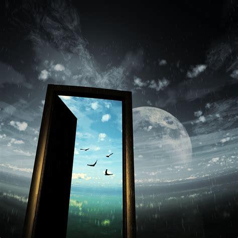 Moon Door Sky Bird Rain Wallpaper