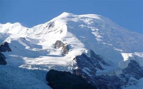 mont blanc un alpiniste trouve un quot tr 233 sor quot de pierres