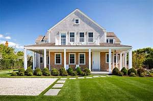 Shingle style house with beach chic interiors on Nantucket