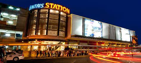 ETON CENTRIS WALK in Quezon City, Metro Manila - Yellow ...