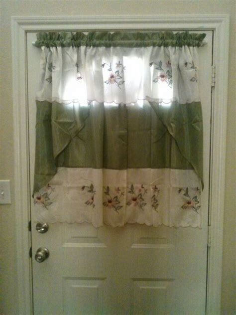 curtain for door with half window 25 best ideas about half moon window on half