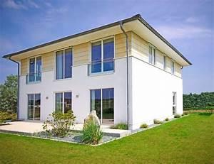 Stadtvilla 300 Qm : domy z p askim dachem koszty budowy ciekawe projekty ~ Lizthompson.info Haus und Dekorationen