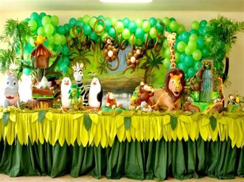 animal themed baby shower decorations baby shower decorations zoo animals