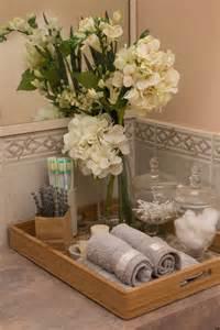 bathroom towel display ideas las 25 mejores ideas sobre toallas de mano en y más paños de cocina toallas