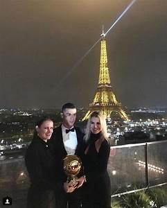 Cristiano Ronaldo's sister posts poignant photo of their ...