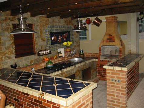 lo que debes llevar a cocinas blancas rusticas decoración de cocinas pequeñas rusticas
