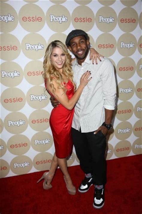 sytycd alums allison holker twitch dance   aisle