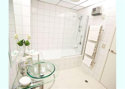 8 x 8 Plain White Bath Tile   Fuda Tile