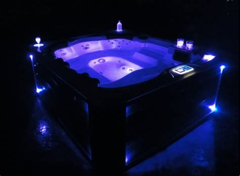 6 person tub 6 person and 40 jet tub with mp3 auxiliary output