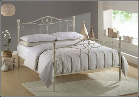 wrought iron bed decorating ideas decorate a room with a white wrought iron bed home ideas collection