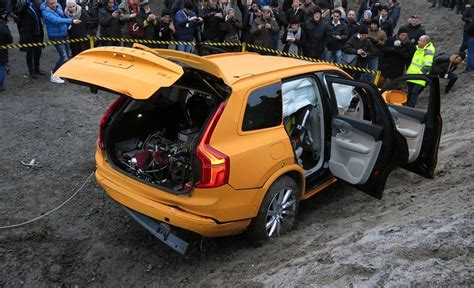 volvo vision 2020 volvo s vision 2020 the road to safety cool