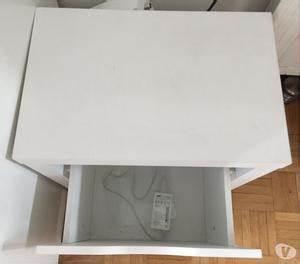 Meuble Casier Blanc : rangement pied de table ikea vika paris posot class ~ Teatrodelosmanantiales.com Idées de Décoration