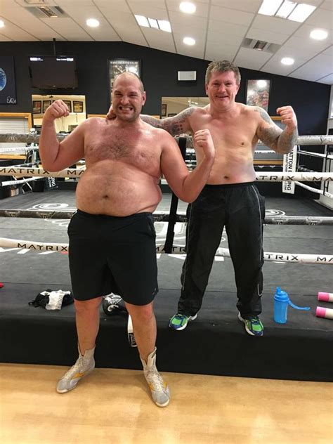 Tyson Fury is a dad for the fourth time... and he's ...