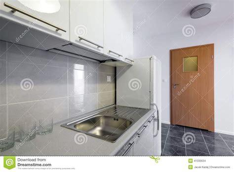 cuisine blanche conception intérieure propre de cuisine blanche moderne
