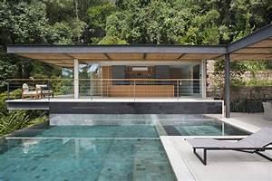 Pool House Toit Plat : piscine d bordement cuisine d t et vue spectaculaire ~ Melissatoandfro.com Idées de Décoration