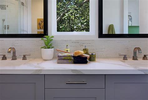 Bath Backsplash : Half Tiled Bathroom Backsplash
