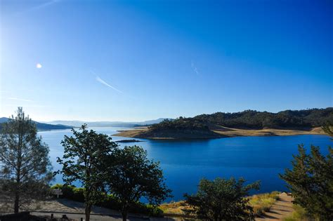 lake nacimiento s lakefront vacation rentals rent 1 or