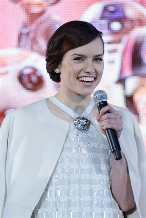 daisy ridley   style porn   promoting