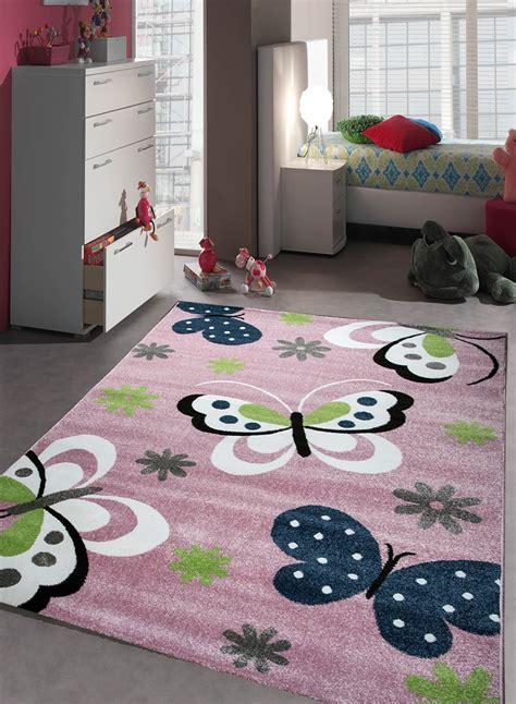 tapis de chambre tapis chambre enfant papillons bleu de la collection unamourdetapis