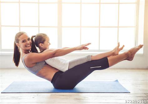 Yoga Übungen Zu Zweit  Kostenlose Yogaanleitung Mit Video