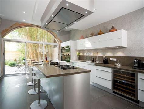 hotte de cuisine plafond cuisine ilôt cuisson m boulet perene lyon