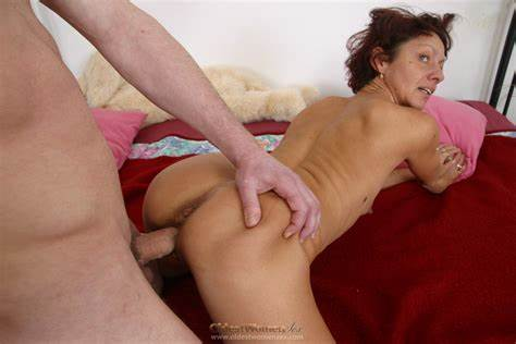 Body Czech Granny Loves Doggy Pounded