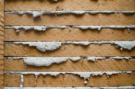 attaching repairing  hanging   plaster walls