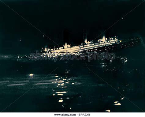 Titanic Movie Boat Sinking Scene by Titanic Sinking Stock Photos Titanic Sinking Stock
