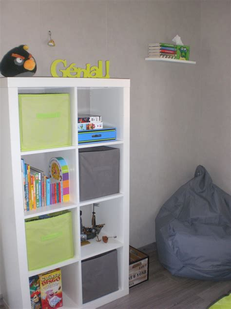 but chambre fille chambre vert anis photo 6 6 petit coin lecture et