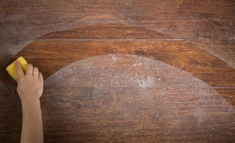 Best Liquid Wax for Hardwood Floors Reviews   Top Products