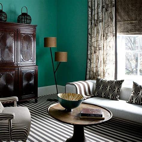 Dunkle Wandfarbe by 100 Interieur Ideen Mit Grellen Wandfarben Archzine Net