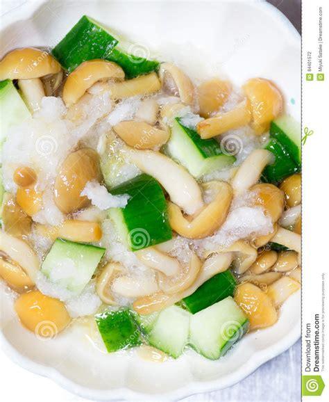 calorie cuisine japonaise cuisine japonaise chignon gluant de nameko et salade