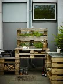 paletten balkon 60 wohnideen mit europaletten palettenmöbel selber bauen