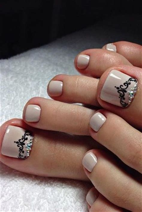 toe nail designs summer toe nail designs you ll fall in with