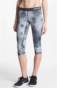 Nike Pro Print Capri Leggings in Gray (stadium grey/ black) | Lyst