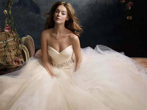 Lazaro 3108 Sherbet Size 4 Wedding Dress