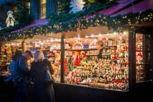 edinburgh s christmas markets events visitscotland