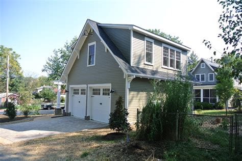 apartments with detached garage detached garage with apartment craftsman garage and