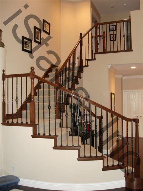 Decorating: Charming Iron Balusters For Upgrading Your
