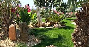 Galets Blancs Pour Jardin Pas Cher : gazon synth tique pour un jardin les mod les adapt s et ~ Dode.kayakingforconservation.com Idées de Décoration
