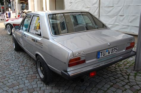 Audi 80 B1 1972-1978 (1975 Sedan 2d), Left Rear View