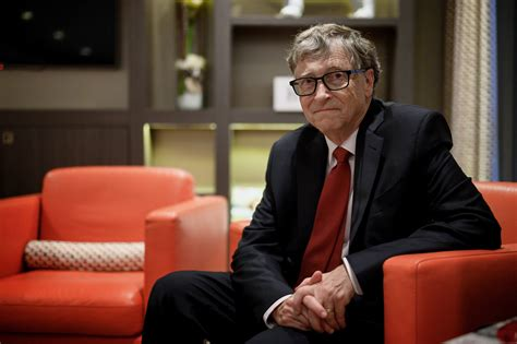 How Bill Gates Helped Make the COVID-19 Vaccine Possible ...